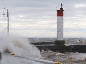 Halton under wind warning for Christmas Eve