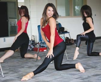 Kanata burlesque class giving women new lease on life– Image 1