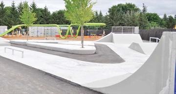Lansdowne's park comes alive– Image 1