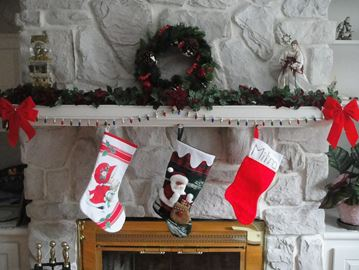 Stocking stuffer donations requested for seniors' stockings.