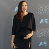 Liv Tyler needs 'village' on hand when she gives birth-Image1