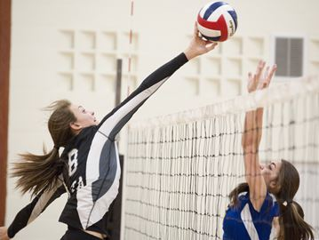 Undefeated Aquinas gears up for highly-competitive volleyball playoffs