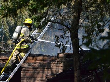 Woman at Sunnybrook for burn injuries received in Springwater house fire this morning