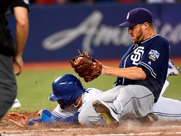 Travis scores on wild pitch as Jays win-Image1
