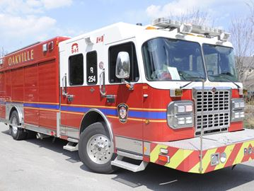 No one injured in Oakville gas leak