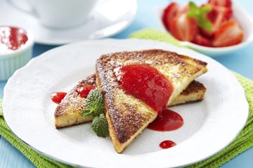 French Toast With Berry Lemon Sauce