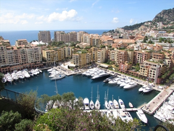 Crowded Monaco - People and Yachts