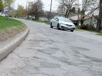 Alliston's Church Street in 'deplorable condition': councillor