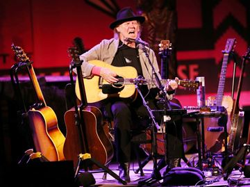 Neil Young to play WayHome festival in Oro-Medonte