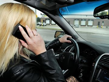 Barrie police hope stiffer fines will curb distracted driving