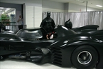 Batmobile causes traffic chaos on Ontario highway-Image1