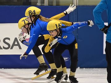 Four Oakville speed skaters medal at provincials