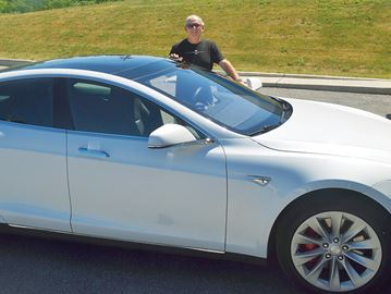 Penetanguishene Tesla owner applauds province's support for electric vehicles