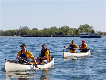 Canoe Heads