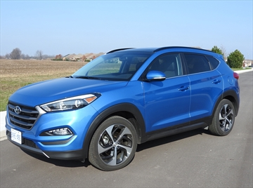 ROAD TEST: Hyundai Tucson capitalizes on crossover-mania-image1