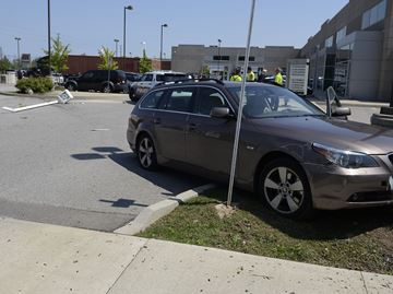 No injuries in accident at Burloak and Mainway in Burlington