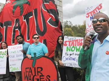 Migrant farm workers rally