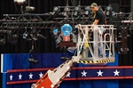 Clinton, Trump look to overcome weaknesses on debate stage-Image1