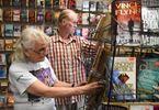 Dixon's Book Store Closing