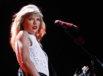 Swift, Coldplay set for iHeartRadio festival-Image1