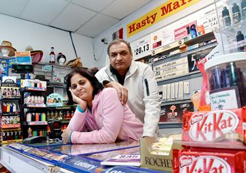 Market Owner Robbed at Knifepoint