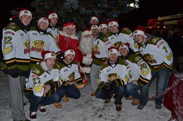 North Bay Battalion team members lining up to tell Santa what they want for Christmas. Our bet is a nice long winning streak.
