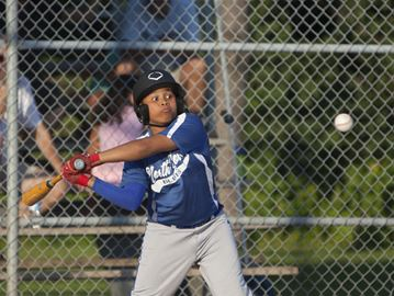 Toronto Baseball Association minor peewee action