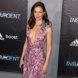 Ashley Judd 'sexually harassed' by studio boss-Image1