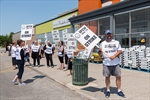 Food stores to stay open despite strike-Image1