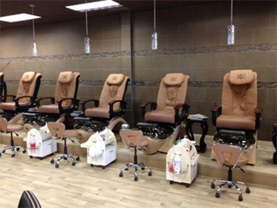 Nails Boutique And Spa Neyagawa