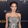 Angelina Jolie wants to learn to cook for Brad-Image1