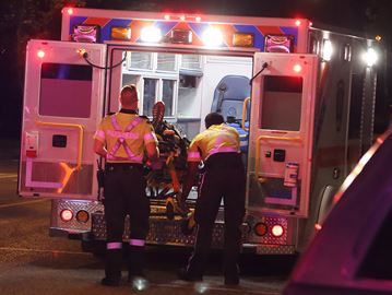 Cyclist struck in Oshawa