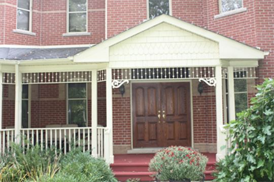 Victorian gingerbread trim beautify your home s exterior for Architectural gingerbread trim