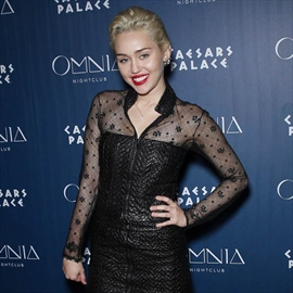Miley Cyrus is 'pansexual'-Image1