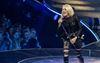 Carrie Underwood weaves musical tale in London