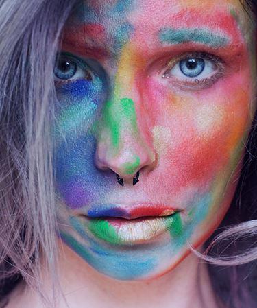 Model Kat Krawczuk