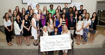 May Court Club of Oakville's Cap and Gown fundraiser gives scholarships to needy students