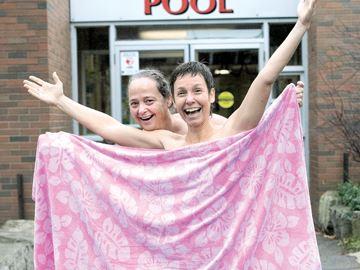 Textile-free swim