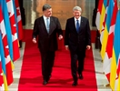 Harper recognized by Ukrainian government-Image1