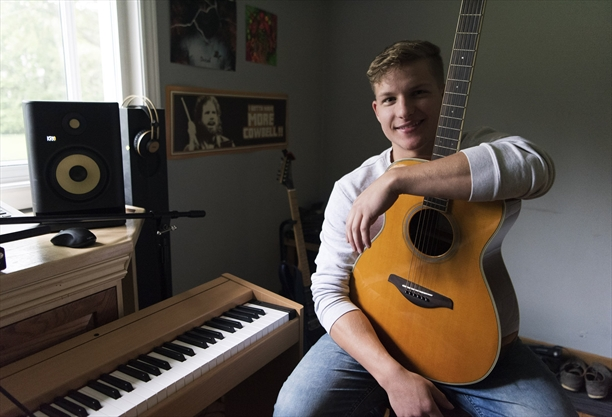 'It has spread like wildfire': Schomberg musician charms world with heartbreak song