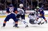 Ladd's 2 goals lift Jets over Islanders 4-3-Image1