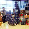 Alliston students build holiday Kraft Dinner tree