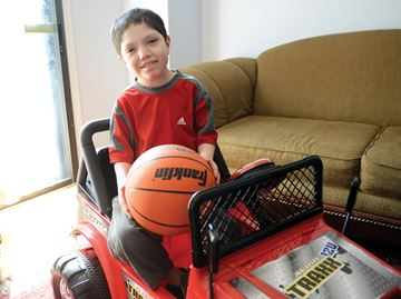 Unique toy car puts Ajax boy in the driver's seat