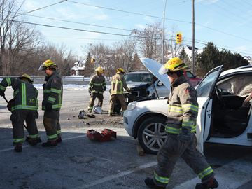 SUVs collide in Cobourg