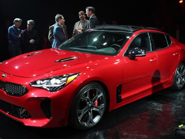 Kia pulls out its Stinger in Detroit