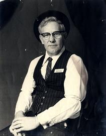Ralph Witmer1