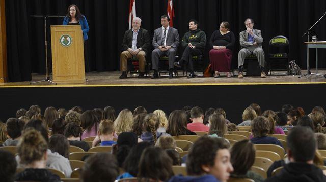 Students press Ward 1 candidates on Aldershot, Burlington issues