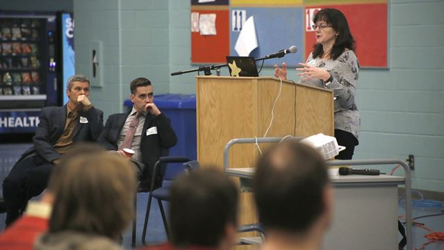 Job market event highlights statistics as student tool