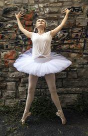 Kingston School of Dance returns to its Tett home