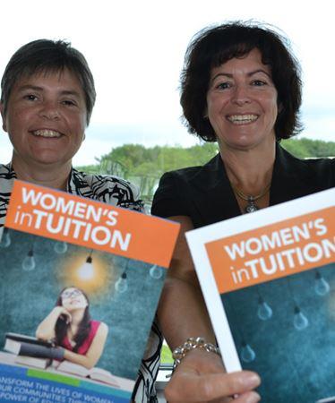 Women helping female Georgian College students